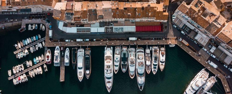 Port de Saint Tropez Place de port à vendre acheter louer - CNG Agence du Port